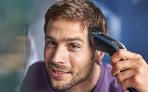 """Mit der neuen Hairclipper series 5000 verspricht Philips einen schnelleren, gleichmäßigeren Haarschnitt. """"Zudem verfangen sich geschnittene Haare nicht"""", so das Versprechen."""