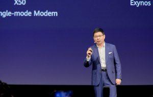 """Auf diesem Gerät können wir die Google Mobile-Dienste (GMD) nicht installieren"""", zitiert der Spiegel Richard Yu, Chef der Huawei Consumer Sparte. """"Diese Option werden wir unseren Kunden überlassen, die das selber machen können."""