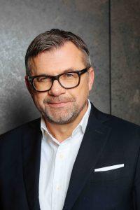 Wolfgang Eberhardt ist ab sofort neuer Commercial Director von Nespresso Professional. Nach elf Jahren im B2C Bereich widmet er sich einer neuen Herausforderung im B2B Geschäft. (Bild: Nespresso)