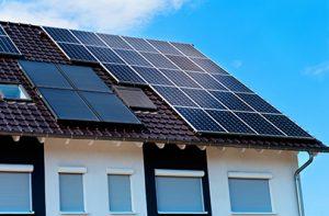 Mit einer Sonderaktion will Sunastic.Solar PV-Unternehmen dazu bewegen, auch am eigenen Dach für Sonnenstrom-Produktion zu sorgen.