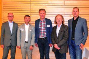 Veranstalter und Besucher waren sich einig: Die 1. NÖ Blitzschutztagung war eine gelungene Veranstaltung. Im Bild (v.l.n.r.): Wolfgang Schulz, Andreas Iser, Friedrich Manschein, Helmut Pichl und Martin Schranz.