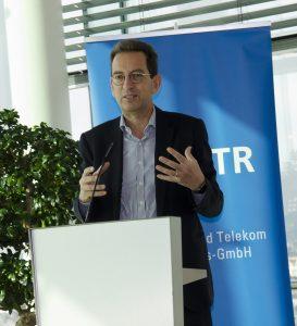Antonio Arcidiacono, Director of Technology & Innovation der EBU, ging näher auf die Vorteile von 5G als Multilayer-Technologie ein.