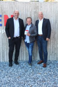 Bewährte Zusammenarbeit zwischen Hersteller, Elektrogroßhändler und Fachbetrieb (v.l.n.r.): Andreas Pumberger (Sonepar), Gerhard Bogner (Gebotech), Gerald Rausch (Ei Electronics).