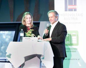PVA-Geschäftsführerin Vera Immitzer und Vorstandsvorsitzender Helmut Paierl waren sich einig: Österreich habe in Sachen PV eine Bergwanderung vor sich und es werde ein revolutionäre Entwicklung brauchen, um die Ausbauziele bis 2030 zu erreichen.