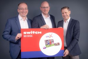 Neue Kooperations-Partner (v.l.n.r.): Robert Karl und Martin Sturdik von Sky sowie Christian Ammer von Switch.
