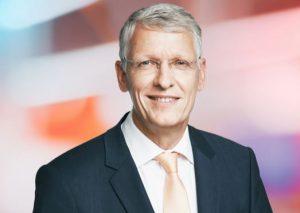 """Ceconomy-Interims-CEO Bernhard Düttmann spricht im Interview mit dem Handelsblatt von """"deutlichen Veränderungen"""" bei MediaSaturn. (Foto: Ceconomy)"""