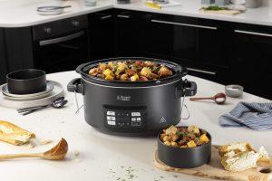 Beim Russell Hobbs Sous Vide Schongarer handelt es sich um ein 3-in-1- Multi-Kochgerät.