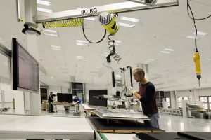 Nach der Einigung mit der Stadtverwaltung läuft in Kronach die Produktion von Loewe-Geräten wieder an.