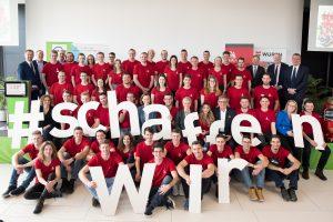 Das Team Austria stellte sich vor: Präsidentin Hummer, Präsident Herk und WKÖ-Generalsekretärin Kühnel wünschen allen Teilnehmerinnen und Teilnehmern alles Gute und viel Erfolg für EuroSkills 2020 in Graz.
