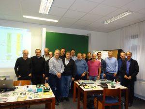 Die teilnehmenden niederösterreichischen Kommunikationselektroniker mit BGO Rudolf Jursitzky (2. v. r.) und Alfred Schabelreiter (1. v. r.).