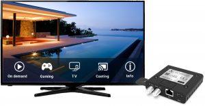 Der EoC MediaConverter von Triax verwandelt jeden Fernseher in einen Smart-TV. So können Hoteliers oder Ferienanlagenbetreiber ihren Gästen komfortable IPTV-Angebote unterbreiten.