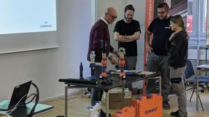 Gut 70 Teilnehmern von verschiedenen Regro Kunden konnten im Rahmen der neuen Schulungsreihe bereits wichtige Informationen über Verbindungen aus technischer Sicht nähergebracht werden.
