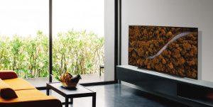 Bei der CX-Serie kommt erstmals auch ein OLED TV-Modell in einem Format unter 50 Zoll.