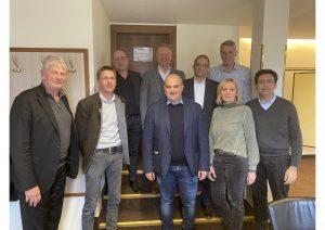 Am vergangenen Freitag ging in Salzburg das erste exklusive Treffen der Loewe Händler-Vertreter mit dem neuen Loewe Eigentümer und CEO Aslan Khabliev über die Bühne.