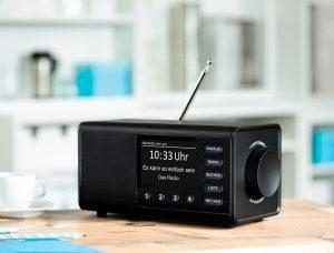 Das Digitalradio DR 1000 DE von Hama zeichnet sich durch einfache und unkomplizierte Bedienung aus.