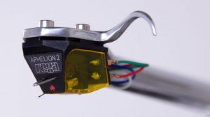 Das APHELION 2 gehört zur 4. Generation einzigartiger MC-Abtastsysteme von Rega.
