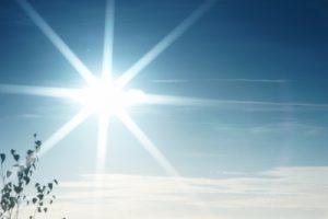 Dyson hat 10 Tipps für heiße Sommer. (Foto: Joerg Trampert/ pixelio.de)