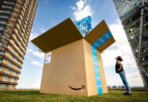 Seit 2015 findet der Amazon Prime Day Mitte Juli statt. Wie Medien berichten, soll das Online-Shopping-Event coronabedingt in den Herbst verschoben werden. (Bild: Amazon)