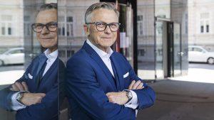 Peter Buchmüller, Sprecher des österreichischen Handels, zeigt sich erfreut, dass eine wesentliche Forderung der Branche und der Bundessparte Handel der WKÖ umgesetzt wurde.