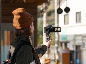 Erstmals erhielt Sony einen EISA Award für eine Video Blogger-Kamera die ZV-1.