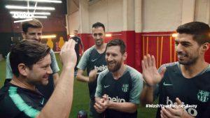 Die Stars vom FC Barcelona motivieren in dem Spot einen Familienvater zum Training und werben dabei für die besonderen Funktionen der Haushaltsgeräte von Beko.