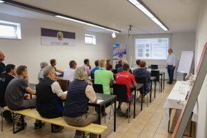 Die Indoor-Vorträge fanden ebenfalls regen Anklang. Insgesamt nutzten rund 120 Teilnehmer den Workshop, um sich zu informieren.