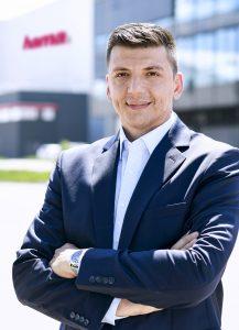 Christian Sokcevic rückt beim deutschen Zubehörspezialisten Hama zum zweiten Geschäftsführer neben Christoph Thomas auf.
