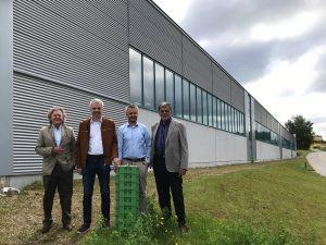 BlueSky Energy hat sich zur Standortverlagerung der Produktion nach Oberösterreich entschlossen. Im Bild (v.l.n.r.): Hansjörg Weisskopf (Gründer & Gesellschafter), Helmut Mayer, Thomas Krausse (beide Geschäftsführer) sowie Horst Wolf (Gesellschafter).