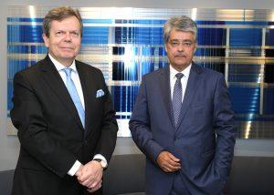 FEEI-GF Lothar Roitner und Wolfgang Hesoun, Obmann des FEEI, informierten heute darüber, wie die heimische Elektro- und Elekotronikindusitrie bisher durch die Corona-Krisen gekommen ist.