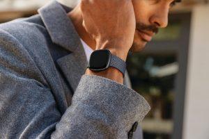 Fitbit Sense – fortschrittliche Gesundheits-Smartwatch mit dem weltweit ersten Sensor für Stress Management.