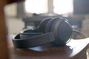 """Der Philips Fidelio X3 Kopfhörer ist """"das Ergebnis einer extrem sorgfältigen und detailverliebten Entwicklung jedes Details von Performance, Komfort und Design"""", wie der Hersteller beschreibt. Das Modell kommt im September in den Handel. (Bilder: Philips Audio/ TP Vision)"""