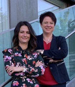 Anna Bairhuber (li.) und Hannelore Krisam verantworten bei Energy3000 solar den Bereich Marketing und Kommunikation.