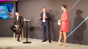 Helmut Binder (links) gab pensionsbedingt seinen Rücktritt als Aufsichtsratsvorsitzender bekannt. Als sein Nachfolger wurde Volker Meier gewählt.