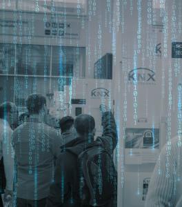 Das neue Online-Event KNXperience bildet ein zentrale Plattform zur Präsentation und zum Erleben neuester KNX Produkte und Lösungen.