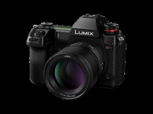 Panasonic spendiert seiner LUMIX S-Serie ein SW-Update und erweitert das Objektivsortiment.