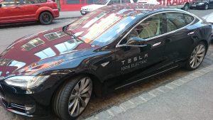Vorwürfe zur geplanten Obsoleszenz machen immer wieder die Runde. Jetzt hat es Tesla getroffen - zu unrecht.