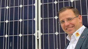 Bundesinnungsmeister Andreas Wirth sieht in der Ausweitung des PV-Förderbudgets und förderbarer Anlagengrößen einen wichtigen Schritt zur Stärkung eines nachhaltigen Wirtschaftsstandorts Österreich und will im neuen Jahr mit einer eigenen Ausbildungsschiene aktiv werden.
