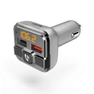 Der Hama FM-Transmitter mit Bluetooth- und Freisprechfunktion macht alte Autoradios fit für neue Musik vom Smartphone.
