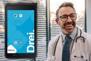 Für die Lösung erhält jeder teilnehmende Gesundheits-Anbieter ein Tablet mit zwei vorprogrammierten Apps: der digitalen Signatur und die App