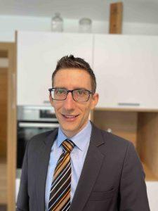 Benjamin Schwetz betreut künftig für die Marken AEG und Zanussi den Möbelhandel im Gebiet Tirol, Vorarlberg und Südtirol. (Bild: Electrolux)
