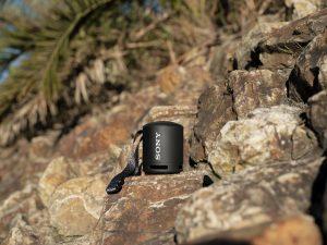Mit dem SRS-XB13 stellt Sony einen kompakten und komfortabel tragbaren, kabellosen Lautsprecher mit viel Power vor.
