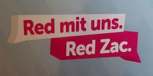 """Bisher hieß es: """"Seid faul! Red Zac macht´s euch bequem."""" Nun heißt es: """"Red mit uns. Red Zac""""."""