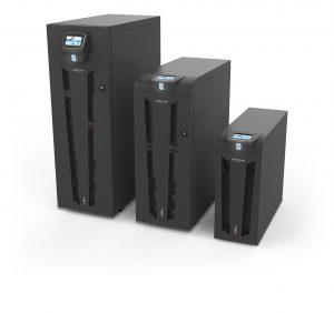 Riello UPS bietet seine neuen Modelle der Sentryum-Serie mit unterschiedlichen Gehäusen für optimale Überbrückungszeiten.