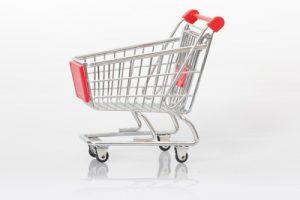"""Corona hat eine deutliche Verschiebung hin zum E-Commerce bewirkt. Dennoch kaufen die Leute noch immer sehr gerne stationär ein, wie der """"YouGov International Retail Report 2021"""" zeigt. (Bild: Tim Reckmann/ pixelio.de)"""