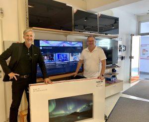 Übergeben wurde der Nokia Smart-TV von TFK-AD Hermann Langsenlehner.