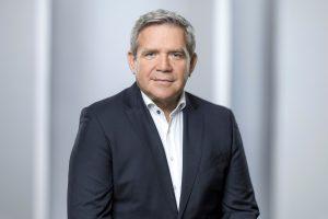 Friedrich Sobol, Vorstand ElectronicPartner, zieht eine erfolgreiche Halbjahresbilanz und erläutert, warum dieser Erfolg nicht von ungefähr kommt.