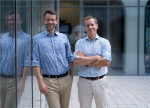 Alexander Brand (Cipio) und Martin Pansy (Nuki Home Solutions) haben den erfolgreichen Abschluss der neuen Finanzierungsrunde für die Nuki Home Solutions bekannt gegeben.