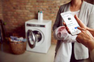 Smarte Hausgeräte sollen den Menschen ihren Alltag erleichtern.