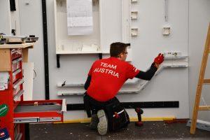 Nachwuchskräfte wie hier bei den Elektrikern stellten sich dem internationalen Wettbewerb.