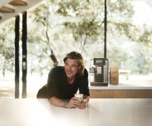 Brat Pitt ist das neue De'Longhi Testimonial in der ersten internationalen Kampagne der Firmengeschichte.